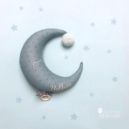 Mobile musical Lune plumeti bleu gris
