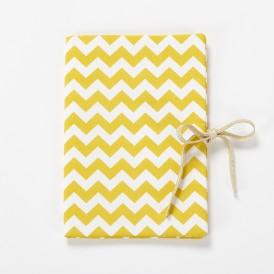 Protège carnet de santé bébé chevron jaune moutarde