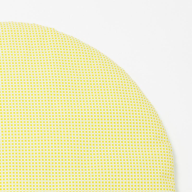 tapis d 39 veil b b rond graphique et pastel. Black Bedroom Furniture Sets. Home Design Ideas